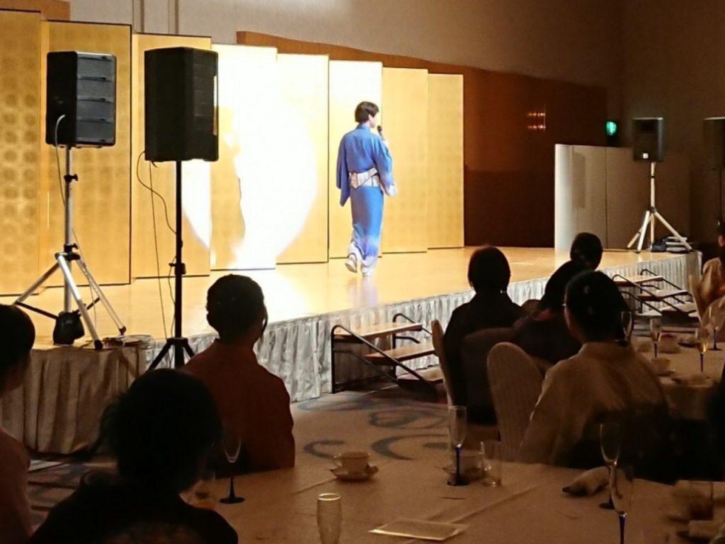 老舗呉服店の創業125周年記念パーティーでそのまんま美川が歌ってきましたよ