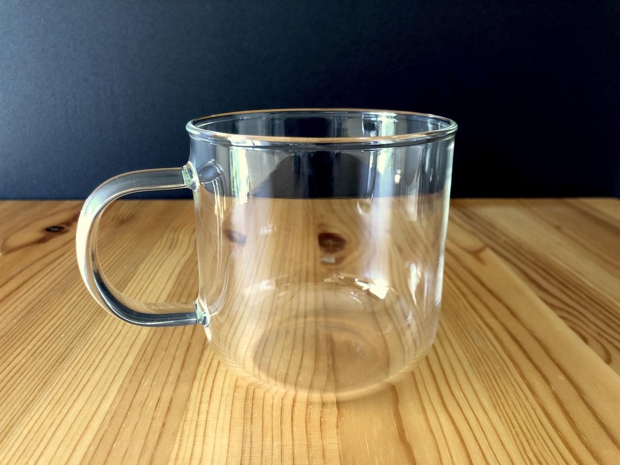 年間を通して活躍してくれる無印の透明な耐熱マグカップ