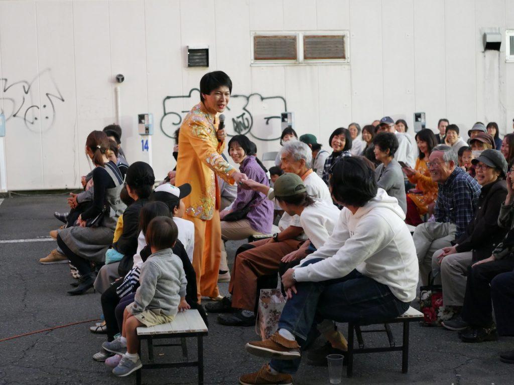三歩進めば、知った人。地元ならではの静岡弁全開なご当地ネタトーク 美川憲一ものまねショー!そのまんま美川