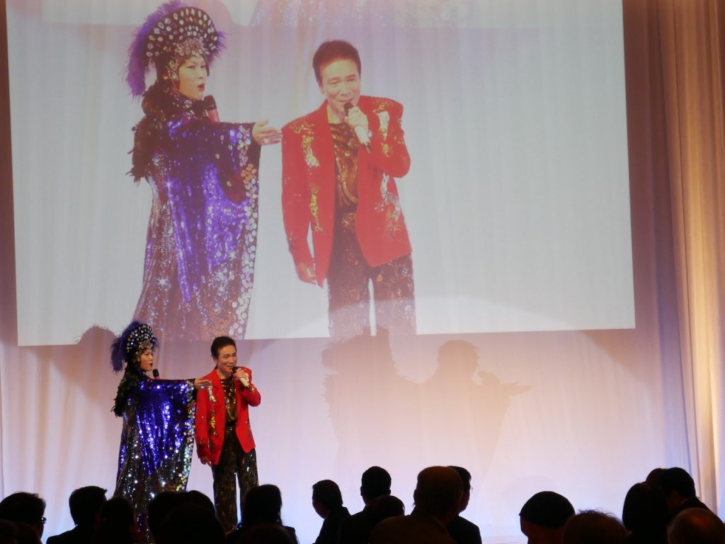 NHKふたりのビックショーを彷彿とさせる、そのまんま美川と竹原ひろみによるステージ